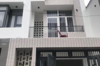 Bán gấp nhà Phổ Quang, Tân Bình, 5x20m, 4 lầu, HĐT 40 tr/tháng, giá 13.9 tỷ. LH: 0933099068
