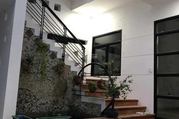 Nhà đẹp cổ điển Q. Tân Bình mang hơi thở thiên nhiên vào từng ngóc ngách nhà. Đậm chất Châu Âu