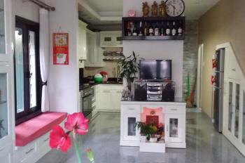 Cần bán căn nhà mặt tiền Kim Đồng