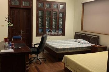 Chính chủ cho hộ gia đình thuê nhà 4 tầng, có đủ đồ để ở ngõ phố Lương Khánh Thiện, giá 7 triệu/th