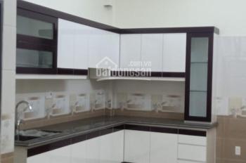 Cần thu hồi vốn cần bán gấp nhà trong phố Trần Nhân Tông