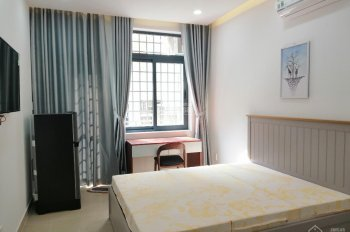 Cho thuê phòng mới xây đầy đủ tiện nghi 7A/ đường Thành Thái Q10. Phòng có balcon giá chỉ 5.5tr/th