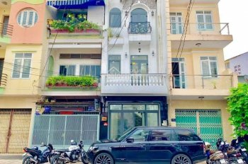 Bán mặt tiền quận Tân Phú bao đẹp, phong thủy đẹp