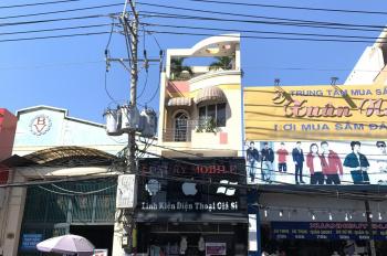Nhà mặt tiền đoạn KD sung túc nhất Huỳnh Tấn Phát, P. TTT, Q7