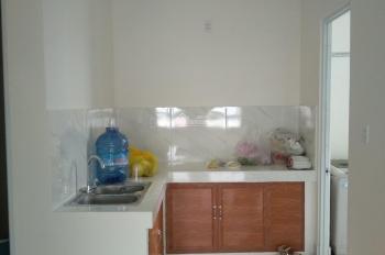 Cho thuê căn hộ Hoàng Quân, full nội thất, nhà đẹp, giá 6tr5/th, LH: 0938803663
