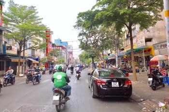 Bán nhà MTKD Trương Vĩnh Ký Q. Tân Phú DT 4.1x18m, cấp 4, giá 12.2 tỷ, vị trí đẹp không lỗi