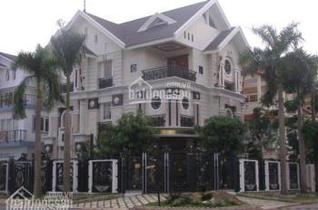 MBKD mặt phố khu Trần Đăng Ninh DT sử dụng 2000m2. MT: 30m căn góc, giá 100tr/th, LH: 09a19420666