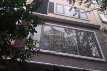 Nhà phân lô 5 tầng ngõ 6 phố Trần Quốc Hoàn. Diện tích 50m2 x 5 tầng, lô góc ngõ rộng 8m