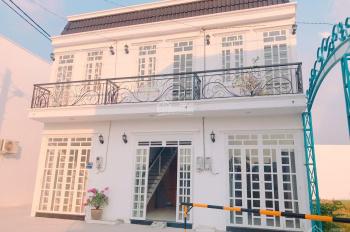 Nhà phố giá cực rẻ, 1 trệt, 1 lầu, 2pn, 3wc đường Hà Huy Giáp, Quận 12