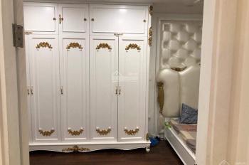 Cho thuê căn hộ 17T9 Trung Hoà Nhân Chính 130m2 full đồ, giá 13tr/th. 0986011098