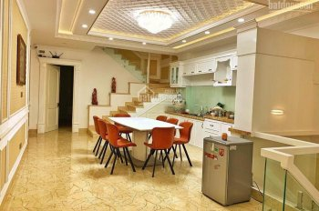 Chính chủ, bán nhà phố KDC 6B Intresco Phạm Hùng, nhà đẹp, giá rất tốt chỉ 8 tỉ 3, LH: 0932049051