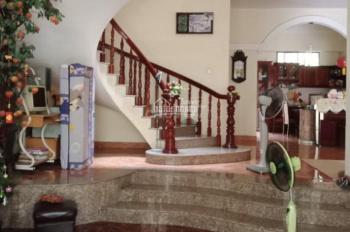 Cho thuê nhà K300, P12, Tân Bình, diện tích 8*20m (340m2), LH: 0908854378