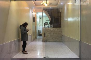 Nhà riêng ngõ phố Trương Định, Tân Mai DT 50m2 x 4T, giá 12tr/th