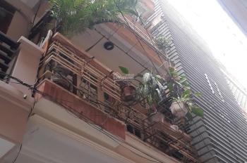 Bán nhà phố Đồng Nhân, 40m2, 3 tầng, nhà thoáng đẹp, cách đường lớn ôtô 15m 4,6 tỷ, LH 0961896183