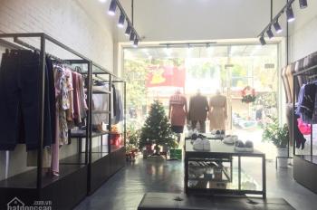 Cho thuê cửa hàng mặt phố Phạm Ngọc Thạch: 30m + gác lửng 20m, MT 4.5m, riêng biệt, LH 0936004815