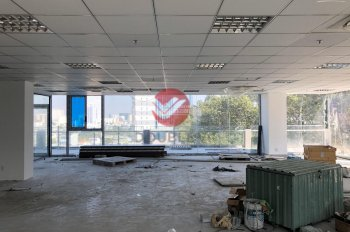 Văn phòng cho thuê mới quận 1, mặt tiền Trần Quang Khải, DT 250m2 ưu đãi, 692.700/m2/th,0902623967