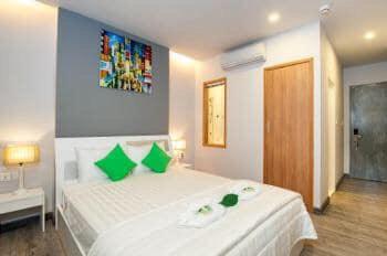 Cho thuê khách sạn All Sesion Hotel MT Lê Thánh Tôn, Bến Thành, Q1, ngang 4m, dài 20m, 161,665tr/th