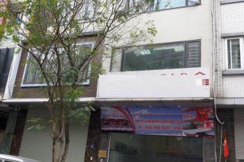 Cho thuê nhà mặt phố Trần Kim Xuyến. Diện tích 90m2 x 5 tầng, mặt tiền 5,5 hè rộng 4m