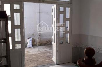 Nhà ở Bình Chánh giá rẻ, công nhận đủ, DT 80m2