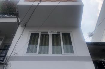 Q1, Nguyễn Trãi, hẻm 212B, 3 lầu, 6PN, nhà mới đẹp như hình có ưu đãi mùa dịch