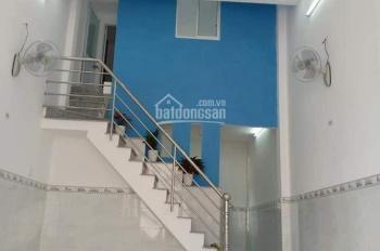 Cần bán nhà quận 10, hẻm thông ra Lý Thái Tổ, DT 33m2 giá chỉ 4,5 tỷ