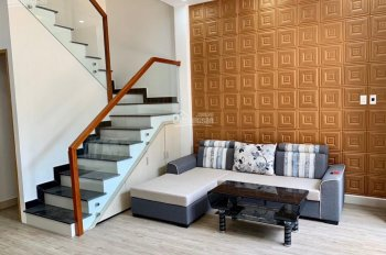 Bán 2 căn nhà mới xây xong, kiệt thông suốt Hoàng Thị Loan, Hòa Minh