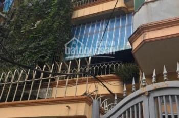 Cần bán nhà tại khu đại học Kinh Tế Quốc Dân. DT 81m2, oto vào tận nhà, giá 12 tỷ, LH: 0986982525