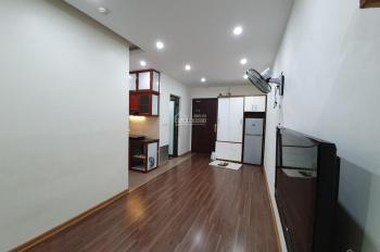 Chính chủ bán căn 2 phòng ngủ, full đồ đẹp CT2C Nghĩa Đô, giá 1,8 tỷ, LH 0985409147