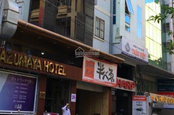 Bán nhà mặt phố Linh Lang DT 40m2, MT 4.2 m, 6 tầng giá 10,5 tỷ