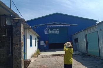 Cho thuê nhà xưởng 1000 m2 Hóc Môn