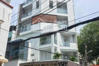 Nhà trệt, 4 lầu hẻm 43 Thành Thái, Quận 10, DT: 4.2x14m, giá 13,8 tỷ TL, LH: 0903718124