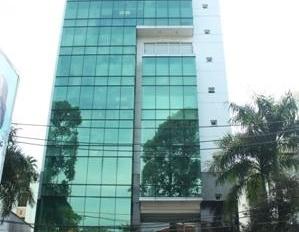 Bán gấp nhà mặt tiền Nguyễn Văn Cừ, Phường 2, Quận 5. DT: 13 x 30m, 10 tầng, giá: 200 tỷ