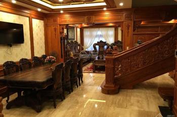 Nhà biệt thự vương giả phường 8, đường Trần Nhân Tông, TP Đà Lạt - Lâm Đồng full nội thất