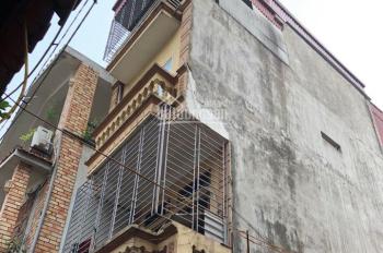 Cần bán gấp nhà Ngọc Thụy, 36m2, xây 4 tầng, 2,2 tỷ