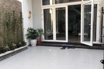 Cần bán nhà tại p14, Q10 giá chỉ 130 triệu/m2