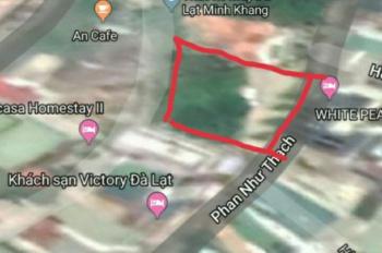 Cần bán khách sạn hai mặt tiền đường Thủ Khoa Huân Và Phan Như Thạch, phường 1, Đà Lạt. 0915136505