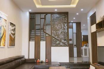 Cần bán nhà 1trệt 1 lửng 3lầu ngay MT Nguyễn Phi Khanh, Q1, nhà đẹp, DT đất 101m2 - 0947789222