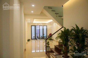 Bán nhà phố phân lô - kinh doanh đẹp Nguyễn Chánh - Trần Duy Hưng