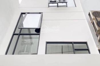 Cho thuê nhà đường Thành Thái, Quận 10, 1 trệt 2 lầu ST, giá 25 triệu/tháng