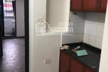 Cho thuê căn hộ chung cư tập thể số 6 Trung Liệt Đống Đa - HN. DT 58m2 gồm 2PN 1WC giá 6tr/tháng