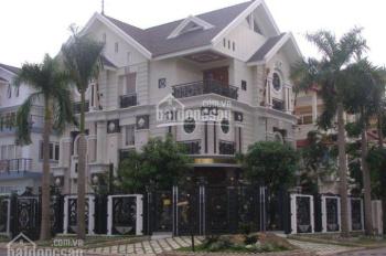 Bán biệt thự khu Dịch Vọng Hậu, diện tích 258m2, mặt tiền 16m, xây 3,5 tầng hoàn thiện, giá 42,5 tỷ