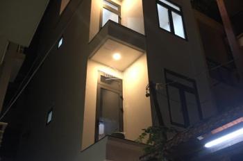 Cho thuê nhà mới xây rất đẹp và tinh tế, hẻm xe hơi đường Nguyễn Trãi, P Nguyễn Cư Trinh, Q1