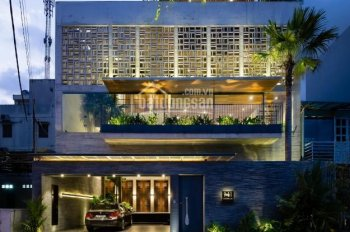 Cho thuê nhà MT Phan Xích Long, P7, 4x20m nhà đẹp 1T + 4L, KD nhà hàng - văn phòng 60 triệu/tháng
