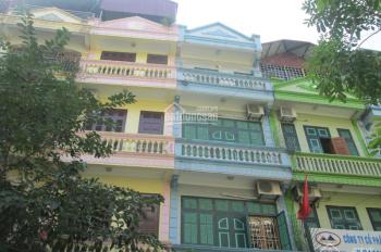 Liền kề 12 KĐT Xa La gần đường Nguyễn Xiển Xa La giá quá rẻ 79m2x4T chỉ 6.38 tỷ. LH: 0989.62.6116