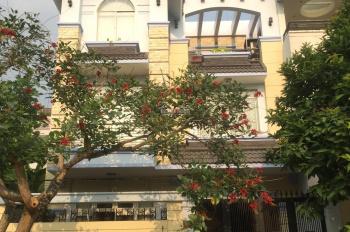Cho thuê biệt thự văn phòng đường Trần Não - giá 36 triệu/tháng