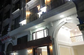 Chính chủ bán tòa nhà 8 tầng gần bệnh viện Thanh Nhàn, vỉa hè rộng, tiện kinh doanh, ô tô vào