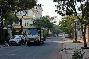 Cần cho thuê gấp nhà phố mặt tiền đường lớn buôn bán, khu sadeco ven sông tân phong quận 7