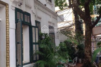 Cho thuê nhà mặt phố Ngô Thì Nhậm, Hai Bà Trưng, DT 190m2 x 2T, MT 7.5m, rất đẹp, cổ điển, sang