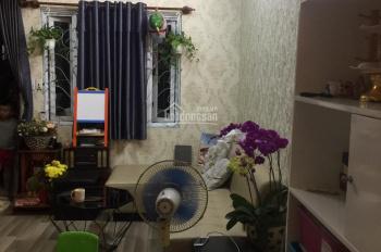 Cho thue can ho khanh hoi 2 quan 4, 75m2, 2 phong ngu, 2 wc, khach, bep, nội thất cao cấp