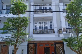Bán nhà mặt tiền chợ Hiệp Bình, phường Hiệp Bình Chánh, 1 trệt 2 lầu 96m2, có gara ôtô